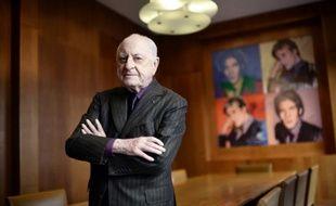 L'homme d'affaires français Pierre Bergé dans son bureau à Paris le 11 février 2015