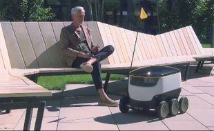 Après avoir testé un programme de livraison du courrier par drone en 2015, la Poste suisse testera des robots-facteurs dès septembre 2016.