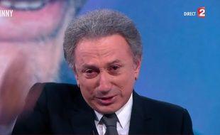 Michel Drucker dit adieu à Johnny, sur France 2 le 6 décembre 2017.