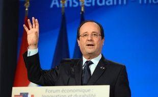 """Le président François Hollande a affirmé mardi que le seul voeu """"qui vaille"""" pour 2014 est l'emploi, assurant que le gouvernement avait """"tout fait depuis 20 mois"""" pour lutter contre le chômage."""