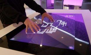 Surface 2.0 est une collaboration entre Microsoft et Samsung.