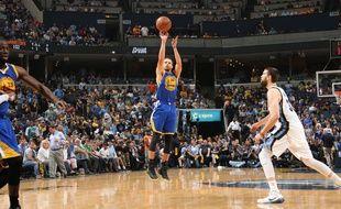 Le meneur de jeu des Goldent State Warriors Stephen Curry, le 15 mai 2015, contre Memphis.