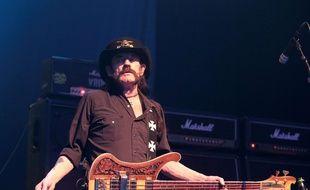 Le chanteur de  Motörhead, Lemmy Kilmister, est décédé à l'âge de 70 ans.