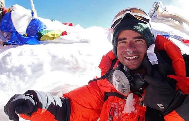 Le Lillois Julien Laurent au sommet de l'Everest.