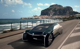 L'EZ-Ultimo de Renault pourrait embarquer jusqu'à 3 passagers dans son salon privé.
