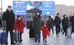 Les Chinois se protègent comme ils peuvent face au virus