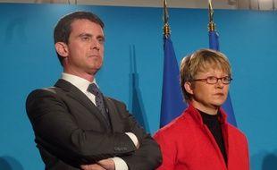 Manuel Valls et Nathalie Appéré, maire de Rennes, le 19 décembre 2014 à l'hôtel de Rennes Métropole.