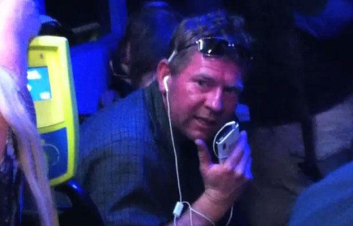 L'un des passagers du bus, dans lequel une Française a été victime de propos xénophobes en Australie, le 11 novembre 2012 – Capture YouTube
