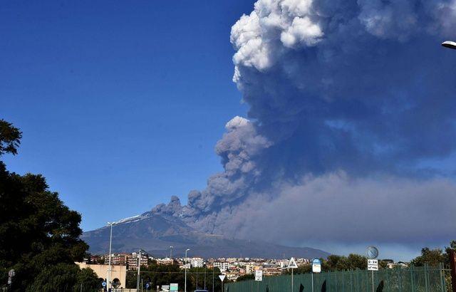 L'Etna est entré en éruption, le niveau de vigilance est accru 640x410_etna-photographie-24-decembre-2018