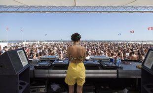 Chaque année en juillet, le Worldwide festival à Sète fait la part belle à la musique électro.