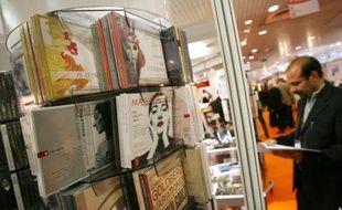 Le marché du disque a connu sa dixième année de crise en France en 2012, ont annoncé lundi au Midem les producteurs de musique, qui demandent aux pouvoirs publics de les aider à récupérer auprès des géants du net une partie de la valeur perdue.
