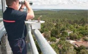 Un poste d'observation, à Lacanau.