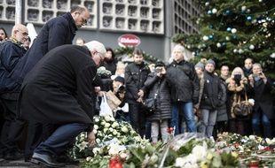 Beaucoup d'Allemands se sont déplacés pour rendre hommage aux victimes de l'attentat de Berlin