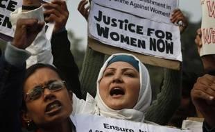Manifestations à New Delhi après le viol collectif d'une étudiante, en décembre 2012.