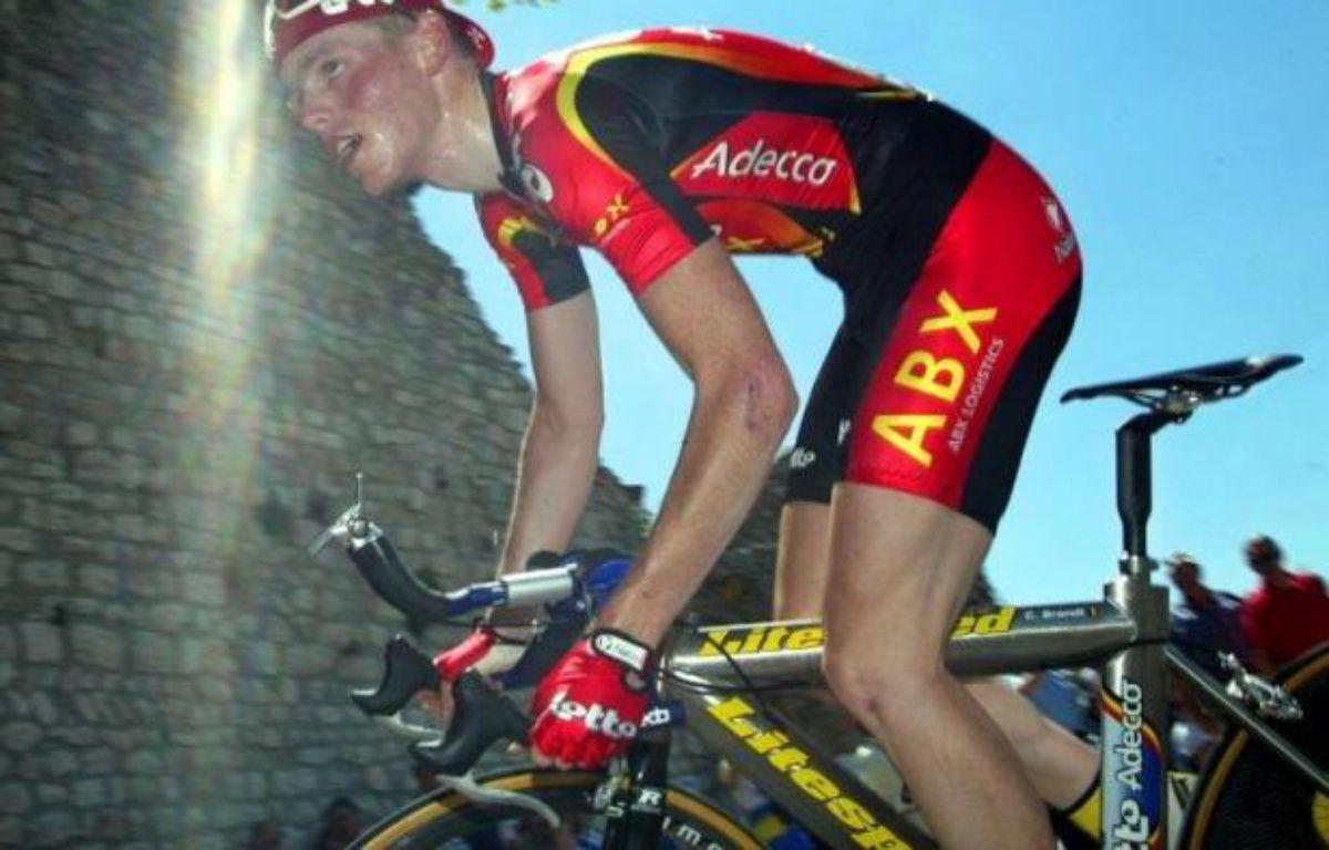 Le Luxembourgeois Benoît Joachim, ancien équipier de l'Américain Lance Armstrong, a implicitement regretté de ne jamais s'être dopé, se reprochant a posteriori de ne pas avoir travaillé avec le docteur Ferrari, a-t-il déclaré vendredi dans un journal luxembourgeois –  afp.com