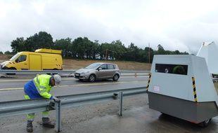 Le radar autonome a été installé à Sainte-Marie sur l'axe Rennes-Redon.