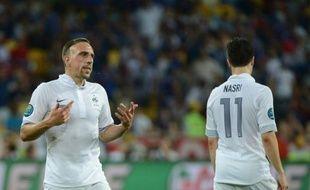 Bien que battue par la Suède 2-0, l'équipe de France a réussi mardi son objectif minimal à l'Euro-2012 en se qualifiant pour les quarts de finale mais cette défaite a de lourdes conséquences pour les Bleus, désormais obligés de se coltiner les champions du monde et d'Europe espagnols.