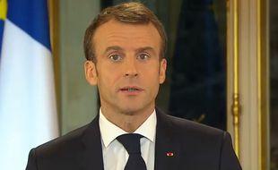 Emmanuel Macron s'exprime après l'acte 4 de mobilisation des « gilets jaunes », lundi 10 décembre 2018.