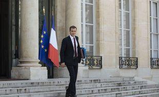 Olivier Véran, le ministre de la Santé, devant l'Elysée le 10 juin 2020.
