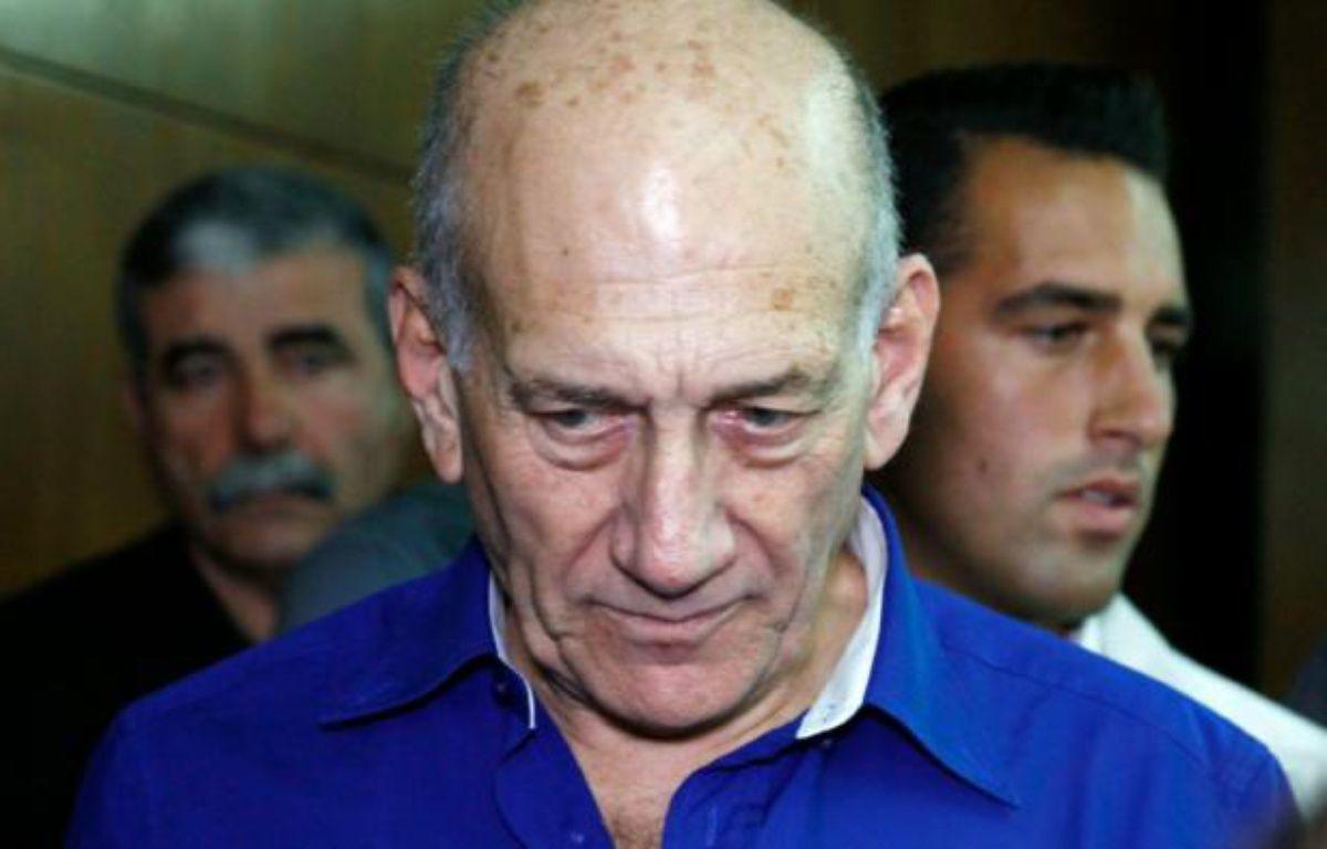 L'ancien Premier ministre israélien Ehud Olmert arrive au tribunal de Tel Aviv, le 13 mai 2014 – FINBARR O'REILLY POOL