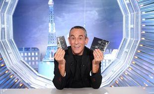 Thierry Ardisson anime «Salut les Terriens!» sur C8.