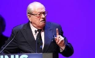 Le président d'honneur du Front national Jean-Marie Le Pen, le 21 février 2014 à Toulon.