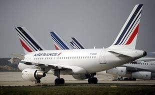Les avions d'Air France cloués au sol à Roissy, le 24 septembre 2014
