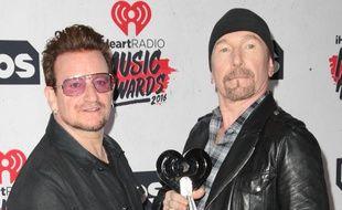Bono et The Edge, du groupe rock U2.