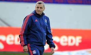 Le nouveau coach de l'OL, Bruno Génésio, ne fait pas l'unanimité chez les supporters.