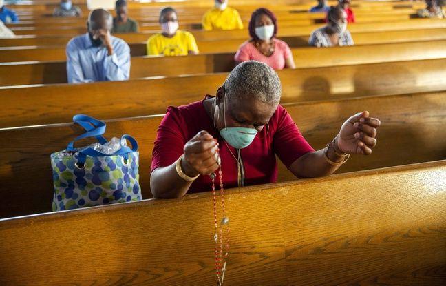 648x415 illustration d une messe a haiti pays tres pauvre tres catholique ou sept religieux ont ete