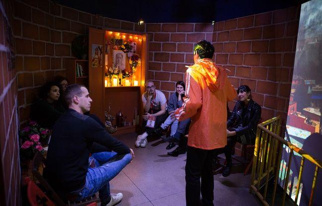 Sept comédiens animent les espaces qui sensibilisent aux problématiques environnementales.