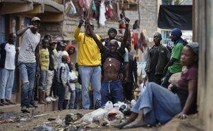 Deux hommes ont été abattus mercredi 9 août dans le bidonville de Mathare à Nairobi, la capitale du Kenya.