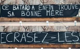 La banderole des ultras niçois de la Populaire Sud.