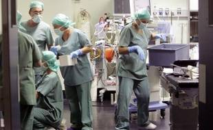 Un bloc opératoire dans un hôpital à Marseille