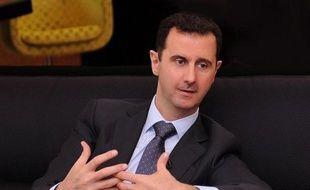 """Le président syrien Bachar al-Assad, confronté à une rébellion depuis deux ans, a averti qu'une chute de son régime aurait un """"effet domino"""" au Moyen-Orient et déstabiliserait cette région """"pendant de longues années"""", dans une interview à des médias turcs diffusée vendredi."""