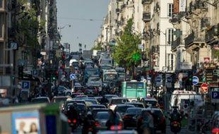 Vue d'une rue de Paris, le 16 mai 2014