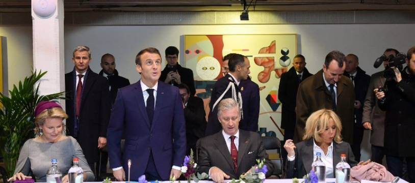 Emmanuel et Brigitte Macron, accompagnés du roi Philippe et de la reine Mathilde à Molenbeek, le 20 novembre 2018.