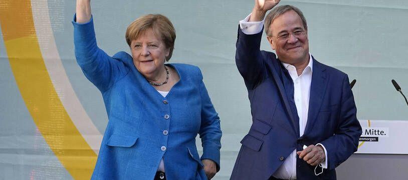 Angela Merkel et Armin Laschet, le 25 septembre 2021 à Aachen.