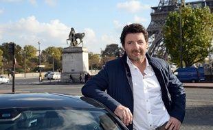 Philippe Lellouche au volant de la version française de «Top Gear» sur RMC Découverte.