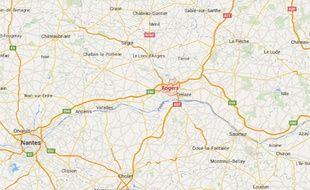 Opérée le 3 février 2006 pour une simple occlusion intestinale, Reine Cailton, 72 ans, est ressortie de la Clinique de l'Anjou, à Angers, aveugle...