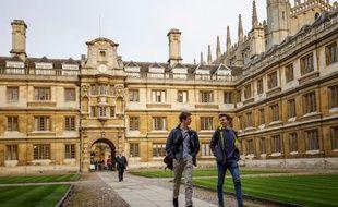Après le Brexit, le Royaume-Uni va permettre aux étudiants étrangers de rester deux ans sur son territoire une fois obtenu leur diplôme.