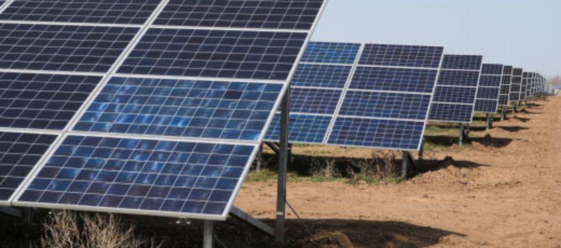 La part du marché des panneaux photovoltaïques bifaciaux devrait augmenter régulièrement pour atteindre 45% des nouvelles installations en 2024.