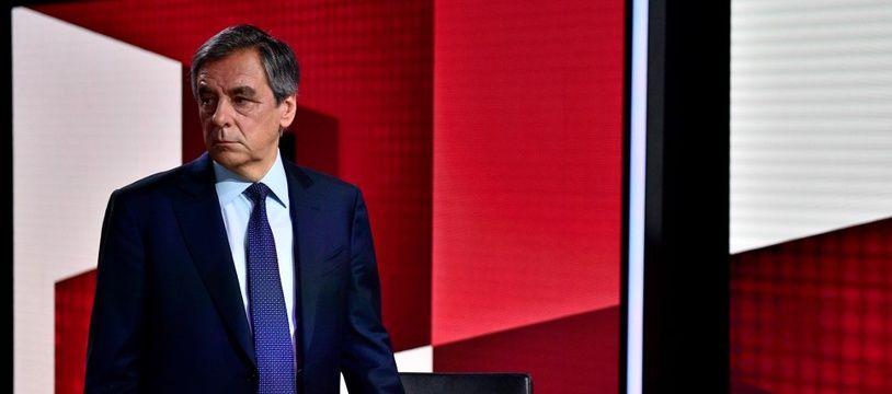 François Fillon sur le plateau de « Vous avez la parole » sur France 2.