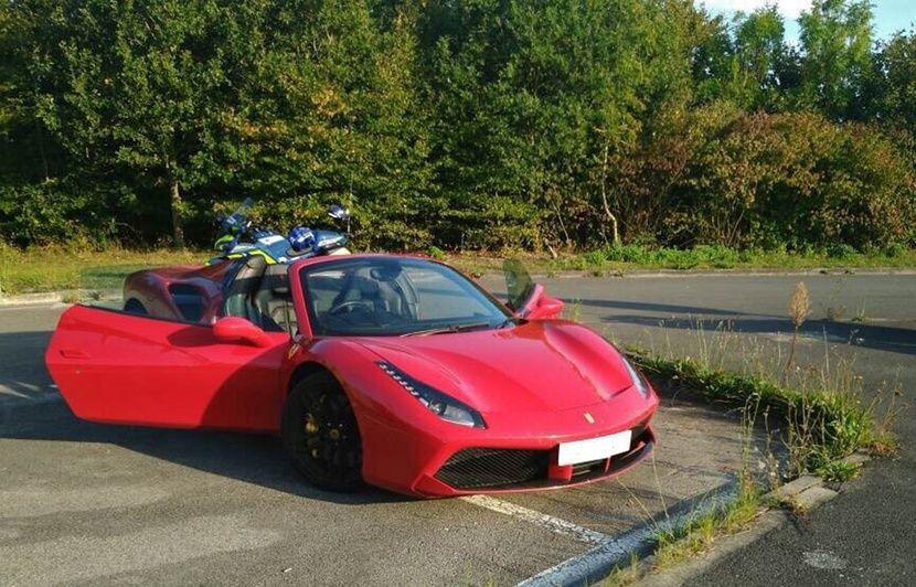 Somme : Un automobiliste britannique voulait rouler aussi vite qu'un TGV avec sa Ferrari