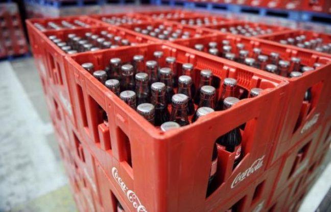 """Le géant des boissons sans alcool Coca-Cola a annoncé dimanche le rappel volontaire de 22.000 ensembles de verres contenant du cadmium, une substance cancérigène, tout en affirmant que les niveaux détectés sont """"trop faibles pour représenter un danger pour la santé""""."""