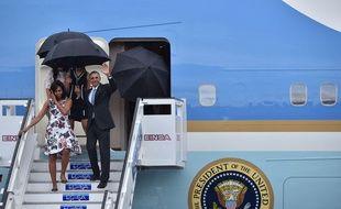 Barack Obama et Michelle Obama à Cuba, le 20 mars 2016. AFP PHOTO/ Yuri CORTEZ