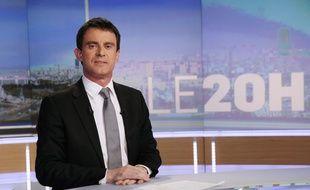 Illustration du Premier ministre Manuel Valls au 20h de TF1 le 2 avril 2014.