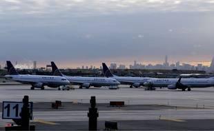 Illustration d'avions de la compagnie United Airlines.