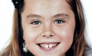 Portrait diffusé par  la gendarmerie nationale, avec la permission de la famille, d'Océane,  fillette de 8 ans habitant à Bellegarde (Gard), retrouvée morte le 6 novembre 2011.