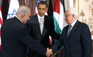 Barack Obama recevait le 22 septembre 2009 les dirigeants israélien et palestinien, Benjamin Netanyahu et Mahmoud Abbas pour tenter de renouer le dialogue au Proche Orient.